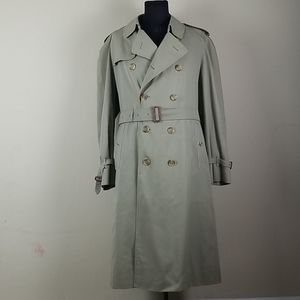48L Burberrys trench coat, double lined nova check